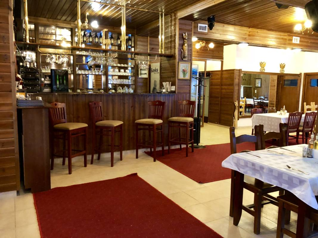 hotel-elegant-lodge-bansko-restorant-galeriya (4)