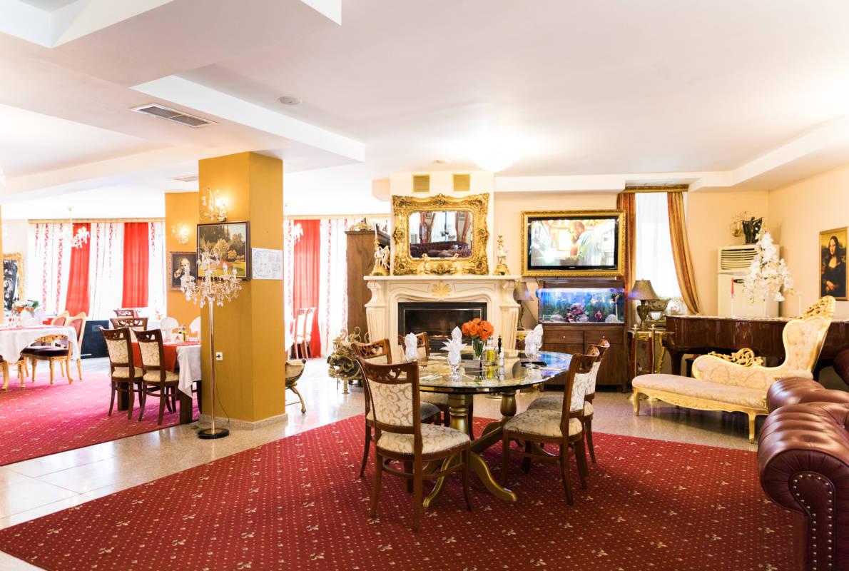 hotel-elegant-luks-bansko-lobi-bar-galeriya (1)