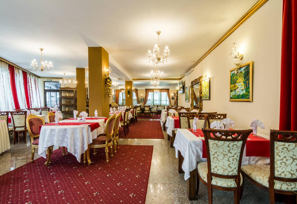 hotel-elegant-luks-bansko-restorant-a-la-carte-galeriya (1)
