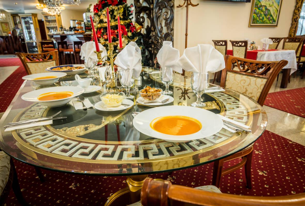hotel-elegant-luks-bansko-restorant-a-la-carte-galeriya (3)
